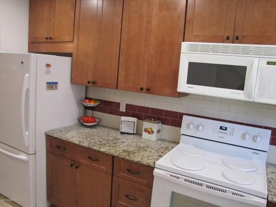 Condominium, Colonial - South Daytona, FL (photo 5)