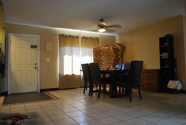 Bungalow, Single Family - Holly Hill, FL (photo 4)