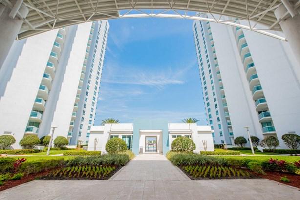 Condominium - Holly Hill, FL (photo 2)