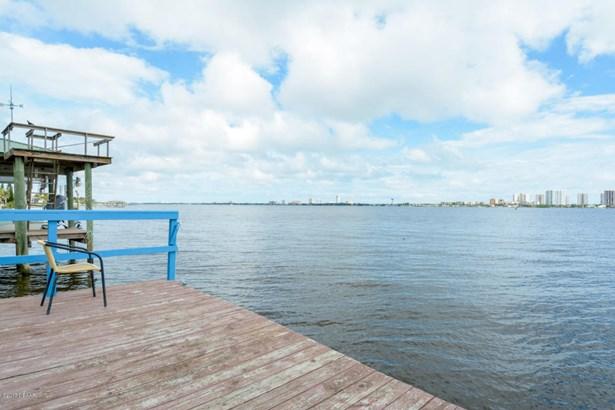 Single Family - South Daytona, FL (photo 4)