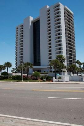Condominium - Daytona Beach Shores, FL