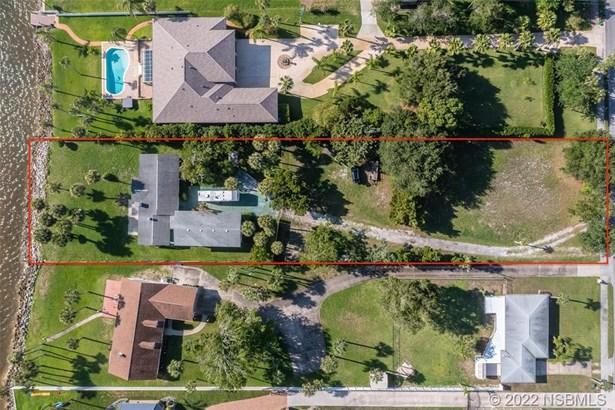 Single Family Residence - South Daytona, FL