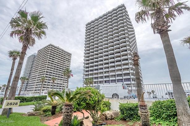 Condominium - Daytona Beach, FL