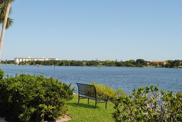 Mediterranean, Condominium - Daytona Beach, FL (photo 3)
