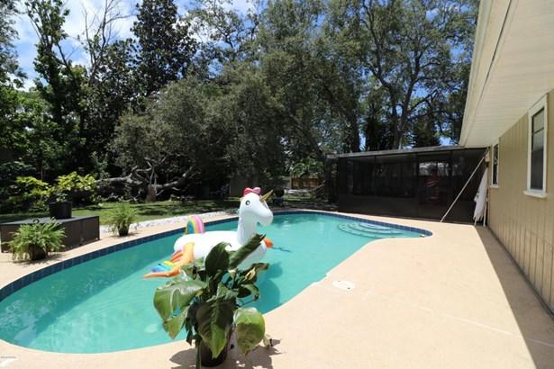 Traditional, Single Family - Daytona Beach, FL (photo 5)