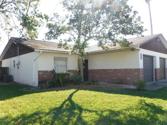 Single Family Attached - South Daytona, FL (photo 2)