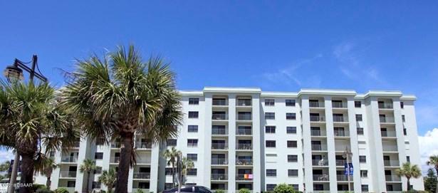 Condominium, Traditional - Daytona Beach Shores, FL