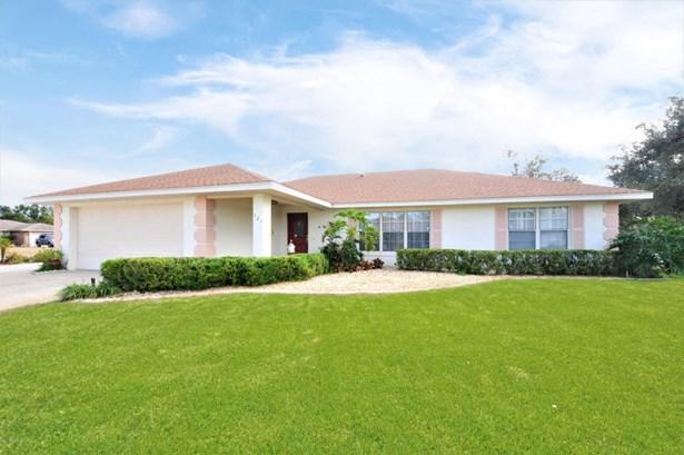 Ranch, Single Family - DeBary, FL (photo 1)