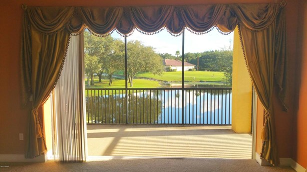 Mediterranean, Condominium - Howey-in-the-Hills, FL (photo 5)