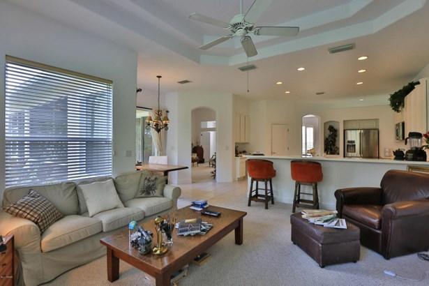 Ranch, Single Family - Daytona Beach, FL (photo 4)