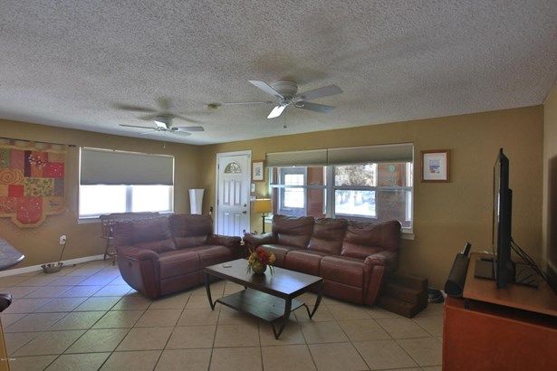 Bungalow, Single Family - Port Orange, FL (photo 5)