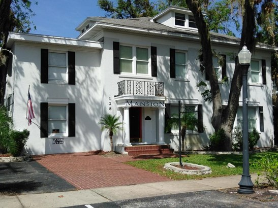 Colonial,Traditional, Single Family - Daytona Beach, FL (photo 4)