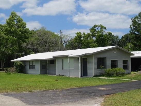 Single Family Residence, Ranch - ASTOR, FL
