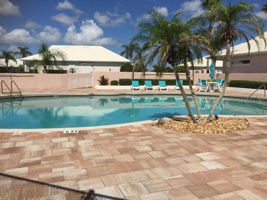 Key West, Single Family - Daytona Beach Shores, FL (photo 5)