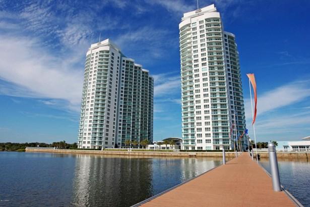 Condominium, Other - Holly Hill, FL (photo 3)