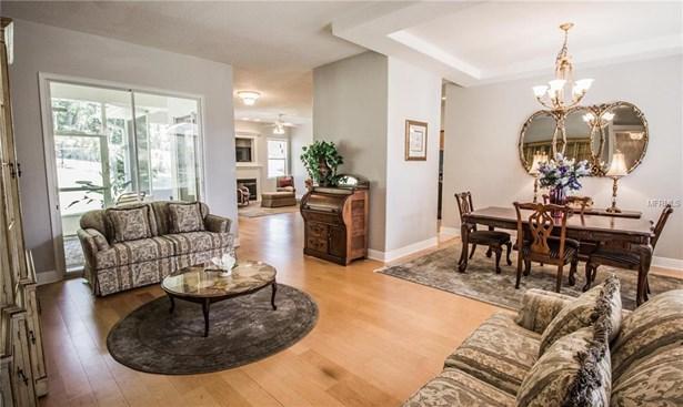 Single Family Residence, Contemporary - DELAND, FL (photo 4)