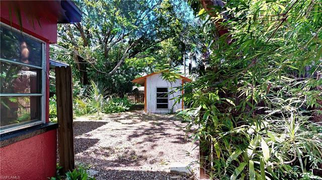 1640 Coronado Rd, Fort Myers, FL - USA (photo 4)