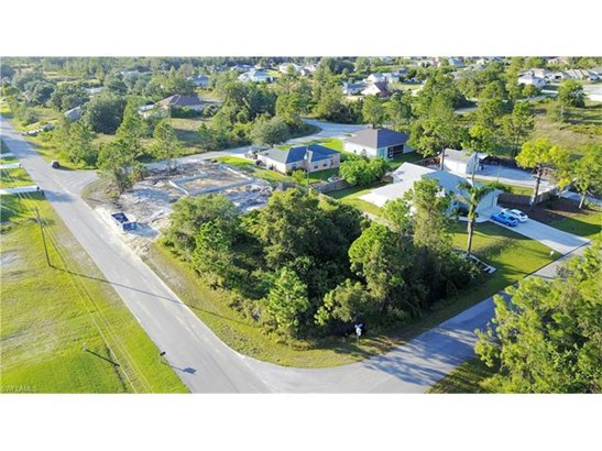 6620 Chabot Ave, Fort Myers, FL - USA (photo 3)