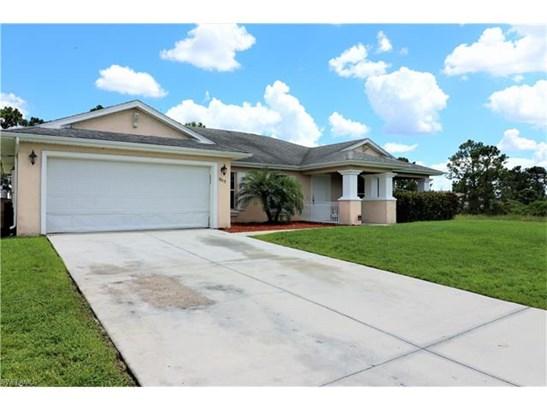 1113 Graystone Ave, Lehigh Acres, FL - USA (photo 3)