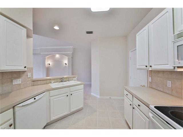 13990 Lake Mahogany Blvd 2212 2212, Fort Myers, FL - USA (photo 4)