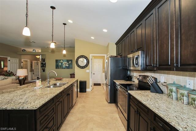 9231 Independence Way, Fort Myers, FL - USA (photo 5)
