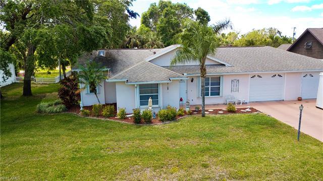 319 Cleveland Ave, Lehigh Acres, FL - USA (photo 2)