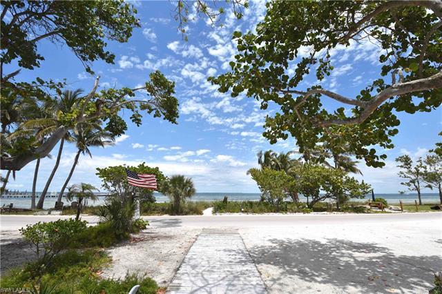 8315 Main St, Bokeelia, FL - USA (photo 2)