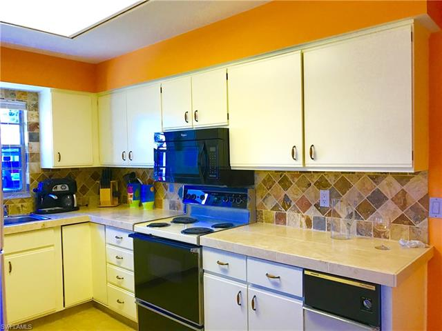 6872 Bogey Dr 164 164, Fort Myers, FL - USA (photo 2)