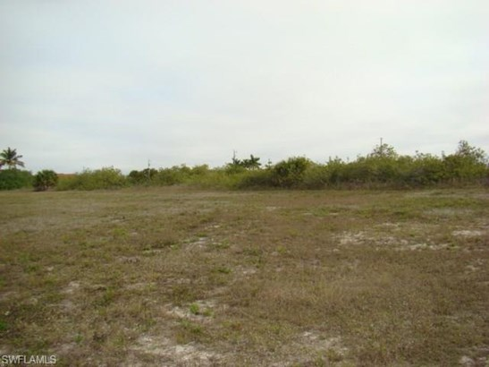 1415 Nw 34th Ave, Cape Coral, FL - USA (photo 4)