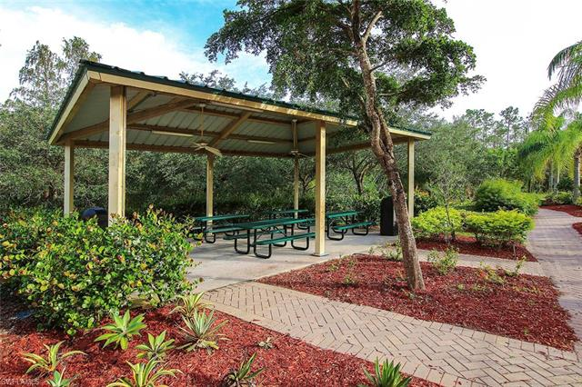 10012 Salina St, Fort Myers, FL - USA (photo 2)