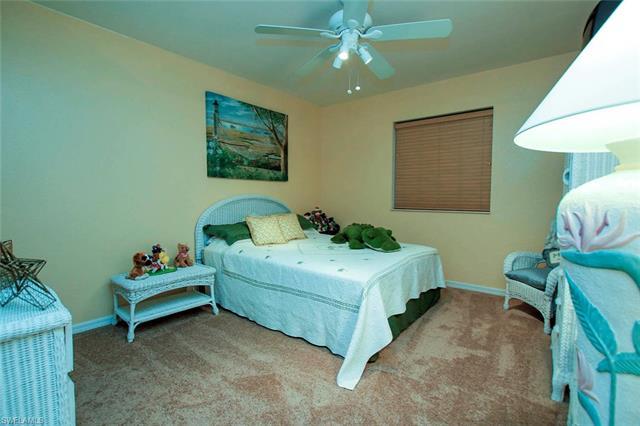 10012 Salina St, Fort Myers, FL - USA (photo 3)