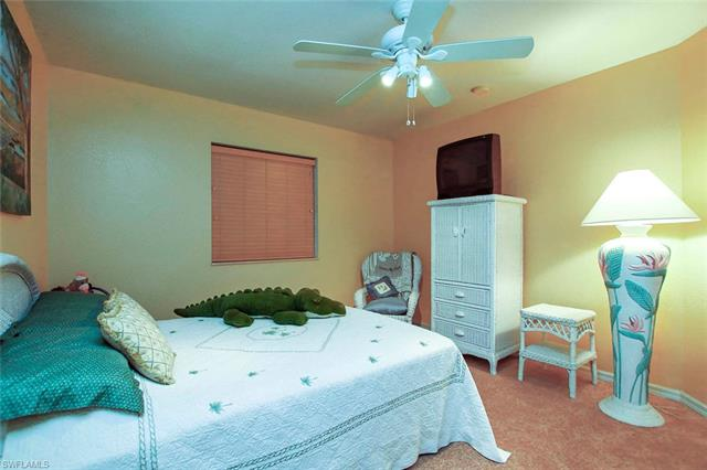 10012 Salina St, Fort Myers, FL - USA (photo 4)