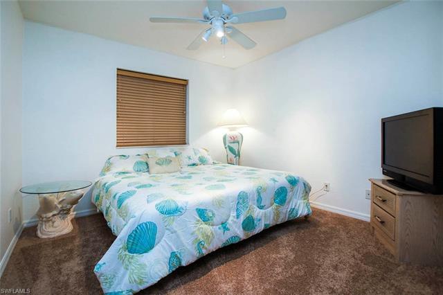 10012 Salina St, Fort Myers, FL - USA (photo 5)