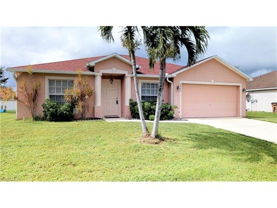 2423 Nature Pointe Loop, Fort Myers, FL - USA (photo 1)