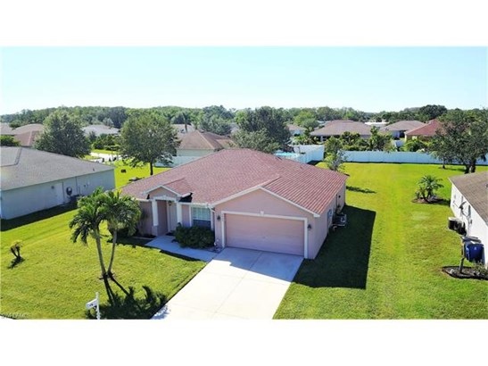 2423 Nature Pointe Loop, Fort Myers, FL - USA (photo 2)