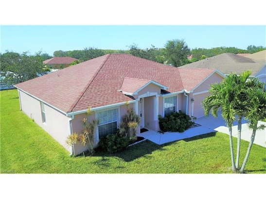 2423 Nature Pointe Loop, Fort Myers, FL - USA (photo 3)