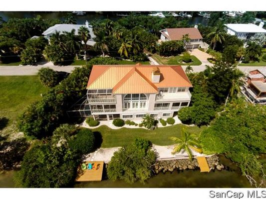 1552 San Carlos Bay Dr, Sanibel, FL - USA (photo 4)