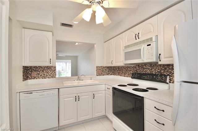 6300 S Pointe Blvd 473 473, Fort Myers, FL - USA (photo 4)