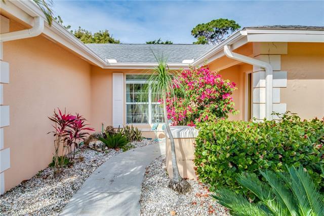 4191 Orange Grove Blvd, North Fort Myers, FL - USA (photo 2)