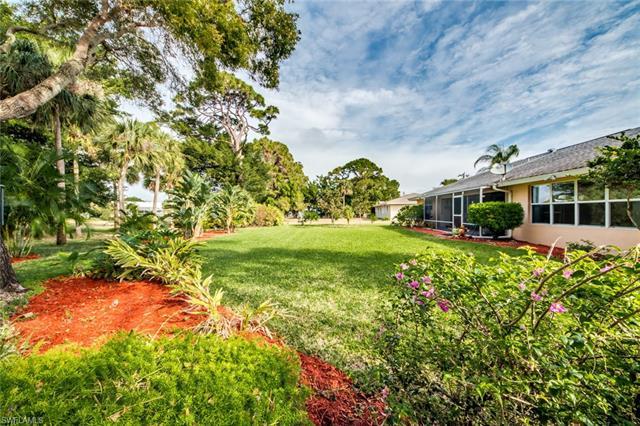 4191 Orange Grove Blvd, North Fort Myers, FL - USA (photo 3)
