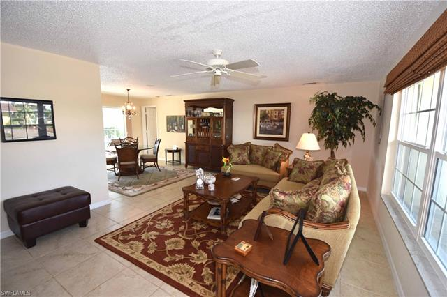 1010 Clarellen Dr, Fort Myers, FL - USA (photo 3)