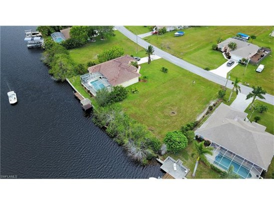 3411 Sw 2nd Ln, Cape Coral, FL - USA (photo 4)