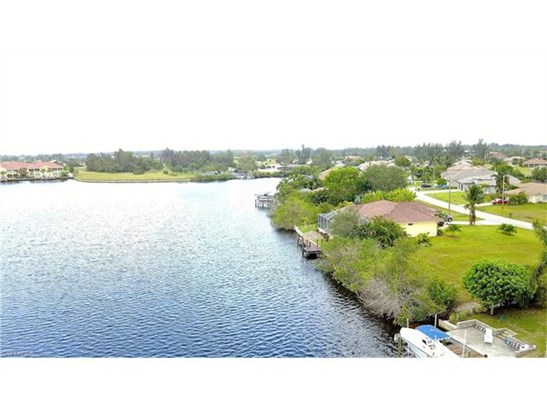 3411 Sw 2nd Ln, Cape Coral, FL - USA (photo 5)