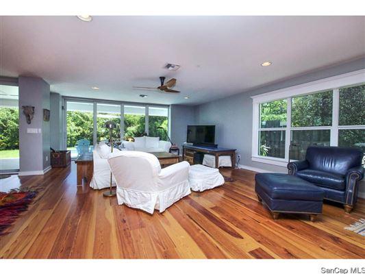 1152 Buttonwood Ln, Sanibel, FL - USA (photo 4)