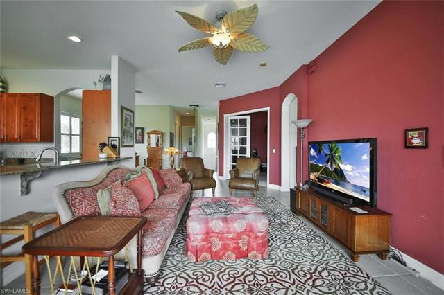 12190 Lucca St 202 202, Fort Myers, FL - USA (photo 2)