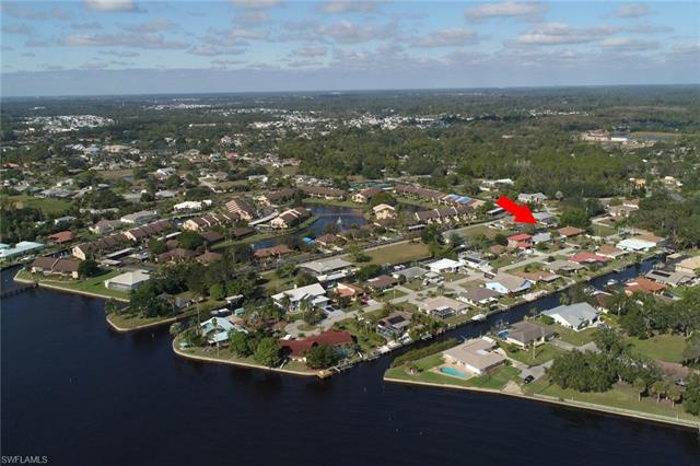 7228 Reymoor Dr, North Fort Myers, FL - USA (photo 1)