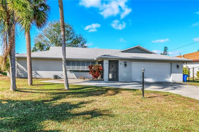 7228 Reymoor Dr, North Fort Myers, FL - USA (photo 2)