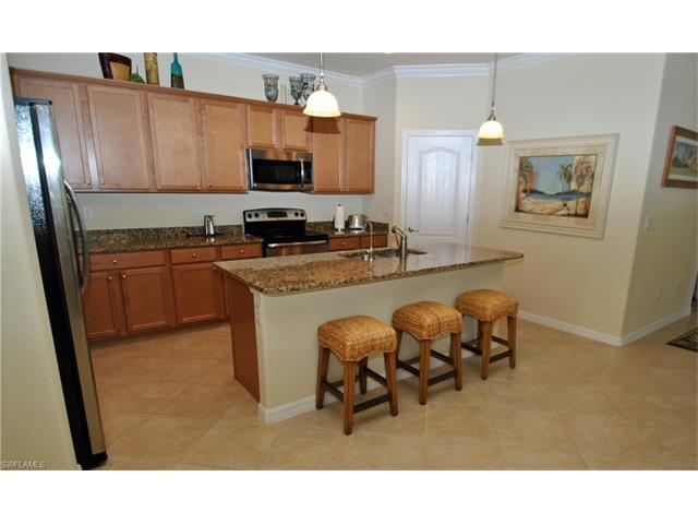 9408 River Otter Dr, Fort Myers, FL - USA (photo 5)