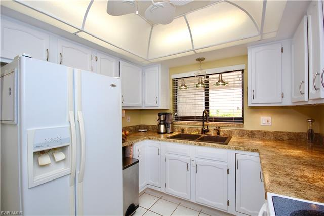 4120 Steamboat Bend E 505 505, Fort Myers, FL - USA (photo 5)