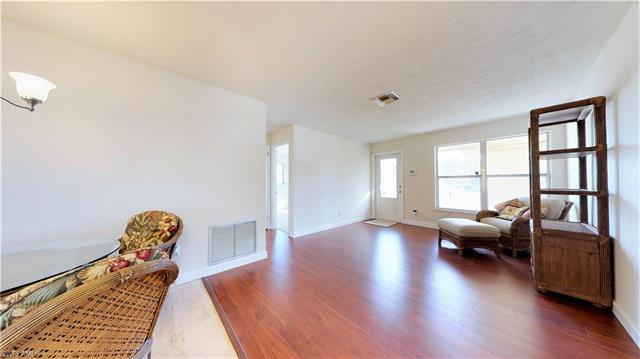 4736 West Dr, Fort Myers, FL - USA (photo 5)